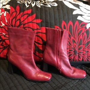 Gorgeous Red leather Boots by Divertente size
